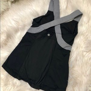 Lulu lemon 🍋 criss cross back workout tank